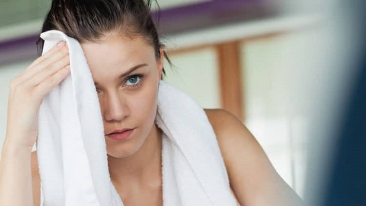 When you sweat a lot, don't step into an air-conditioned room right away
