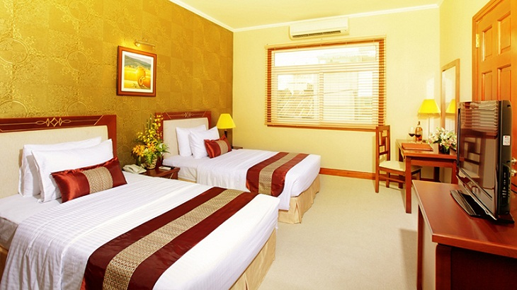 how to calculate air conditioning capacity for hotel